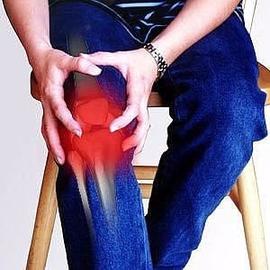 Болят колени: ТОП 10 народных рецептов
