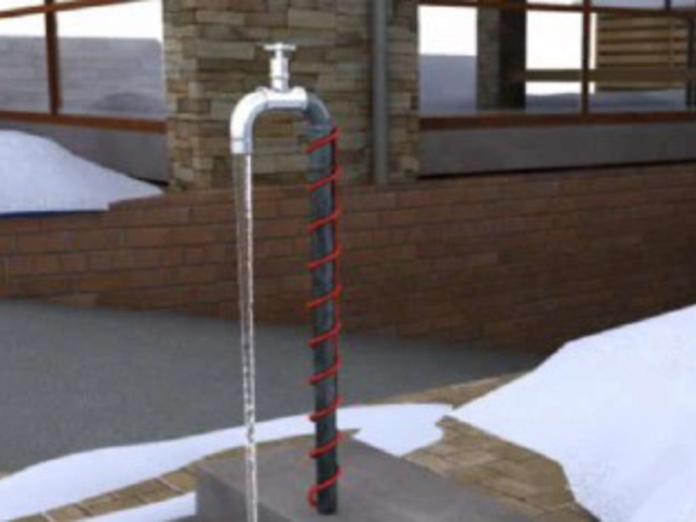 Как защитить водопроводные трубы от замерзания?